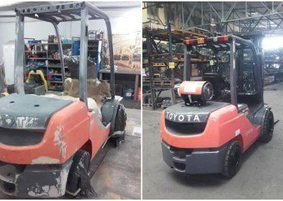 Wózek widłowy Toyota przed remontem / Po remoncie